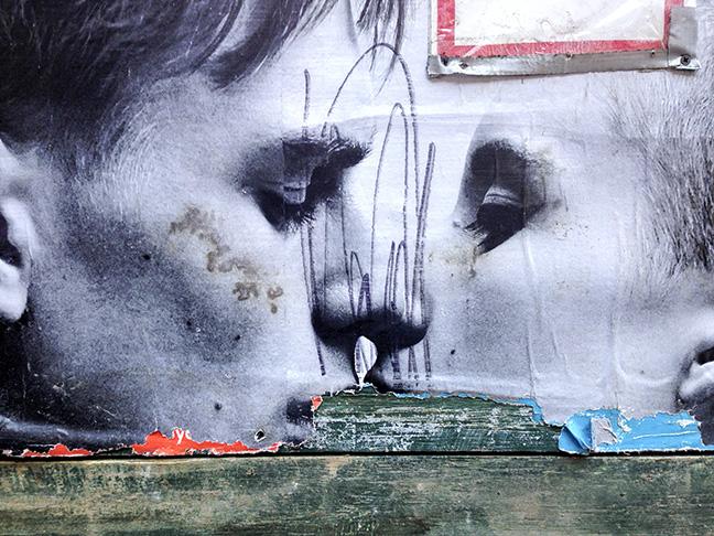 kiss © Leland Bobbé